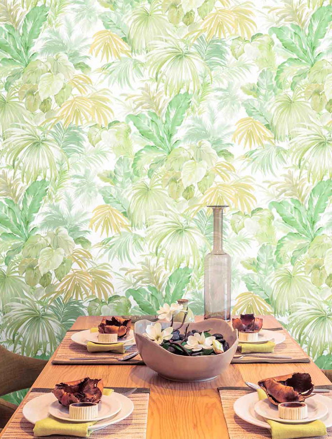 SELVA TROPICAL SHADES OF GREEN
